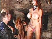 Harte BDSM-Rollenspiele mit Sexsklavin